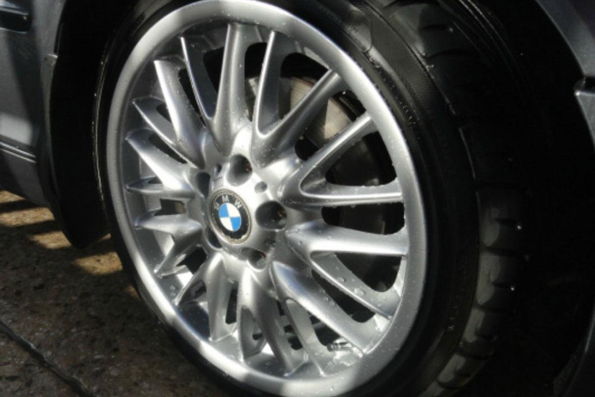 BMW Wheel Refurbishment