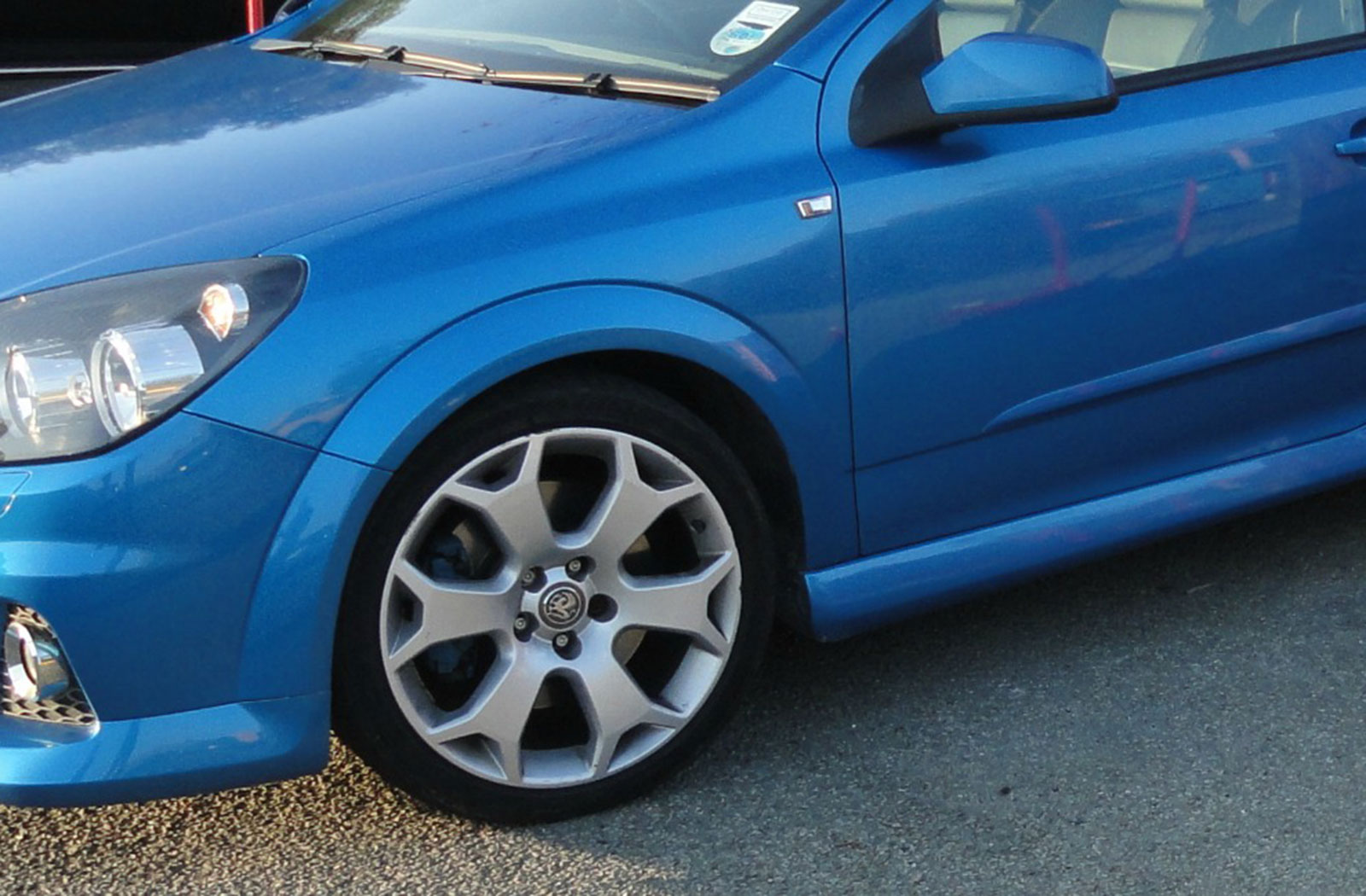 Astra VXR Alloys Before